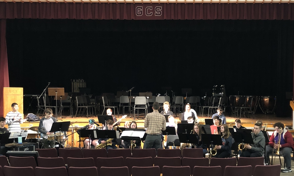 High School Jazz Band rehearses for MIOS concert